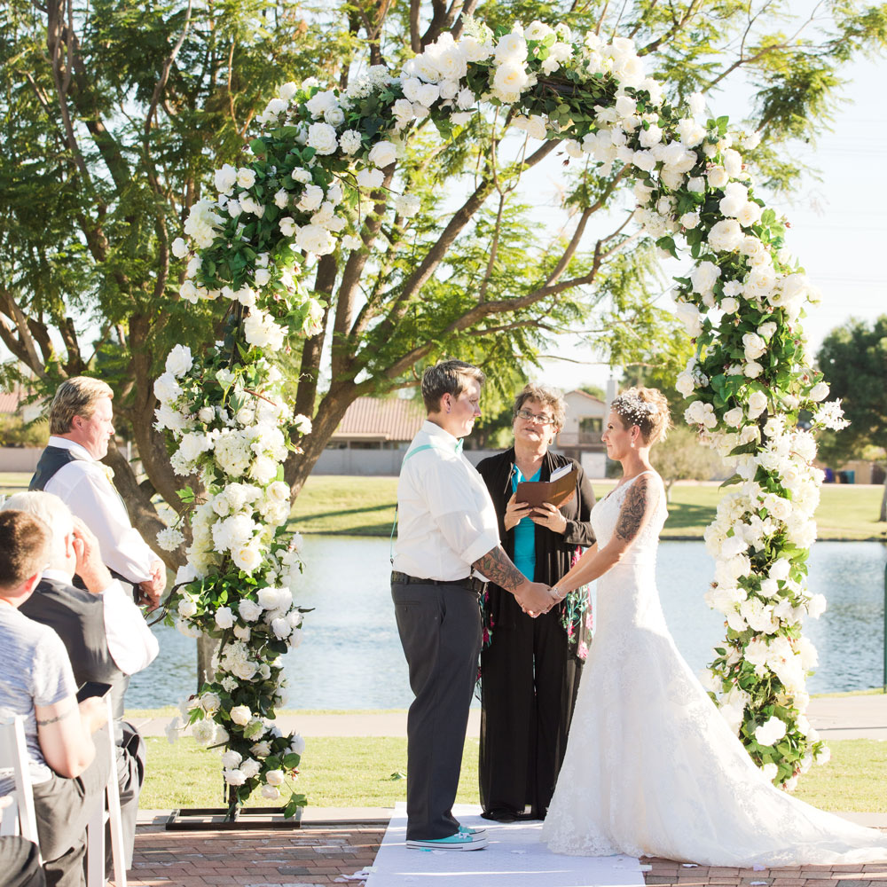 outdoor-wedding-ceremony_villa-tuscana-weddinggallery107