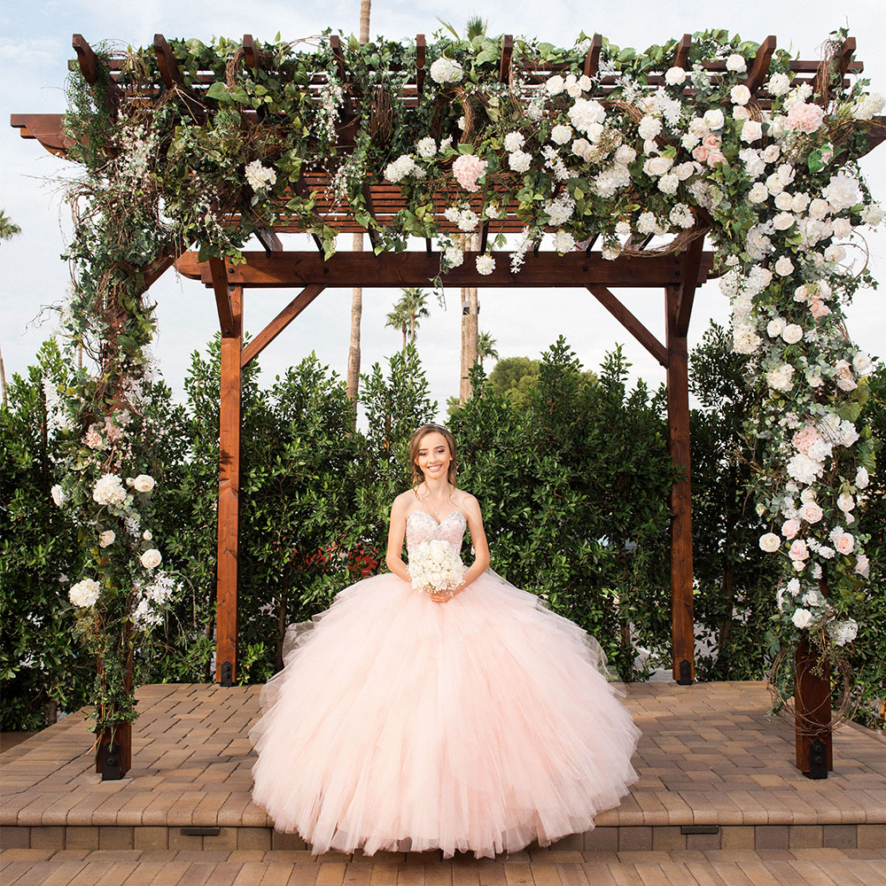 quince-locations_pink-gown