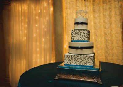 Wedding Venues Elegant Decor and Cake