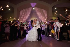 Outdoor Wedding Venues Sparkles