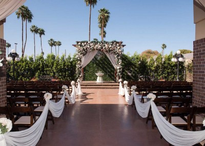Villa Tuscana outdoor wedding ceremony area