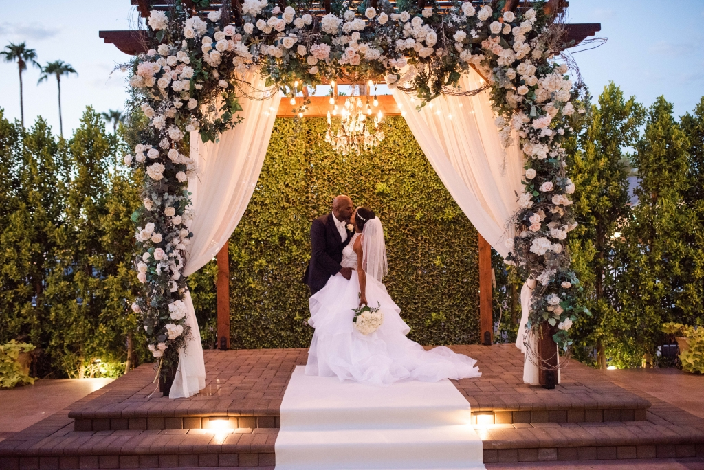 Villa Tuscana Reception Hall event showing classic Courtyard Ceremony