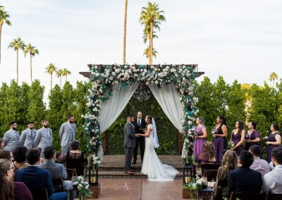 outdoor wedding ceremony at Villa Tuscana